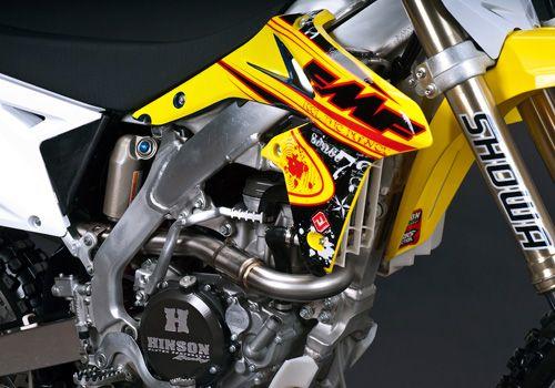 wyklejanie grafiki motocyklowej