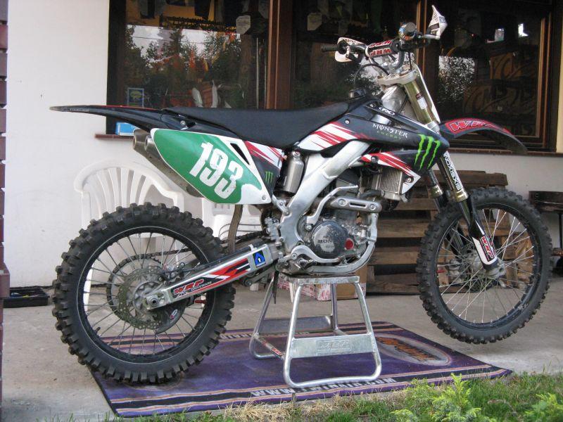 CRF 250 R