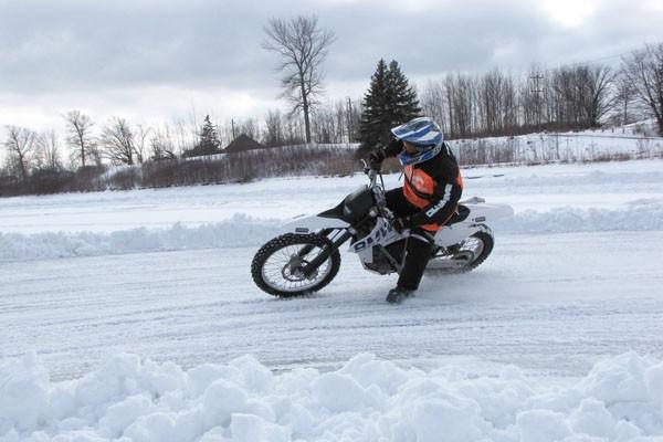 bezpieczeństwo na lodzie